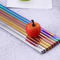 metal redondo chino al por mayor-caliente 4 Coreano Color 304 palillos de acero inoxidable palillos de color de seis anillo redondo antideslizantes anti-calientes chinos palillos huecos FlatwaT2I5221