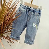 chicos otoño invierno jeans al por mayor-Ropa de diseñador para niños Ropa de boutique Otoño Otoño Invierno Bebé Niño Niña Moda Jeans Vetement Enfant Oferta especial