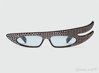 óculos de sol com asas venda por atacado-New Fashion Designer Óculos De Sol 0240 Especialmente Projetado Asas de Anjo Quadro Set Cut Luxuoso Cristal Diamante Estilo Fantasia Óculos