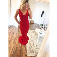 diz boyu kırmızı resmi elbise toptan satış-Seksi kırmızı Diz Boyu mermaid Kokteyl Parti Elbiseleri 2019 Artı Boyutu Seksi V boyun ucuz Arapça Örgün Akşam ünlü balo Abiye