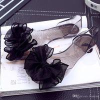 gül çiçeği jölesi toptan satış-2019 Yaz Kadın Sandalet Desinger Gül Çiçekler Şeffaf Kristal Alt Kadın Jöle Yassı Ayakkabı Bayanlar Seksi Plaj Terlik Ayakkabı Q-221