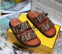bracelet de glissière d'animaux achat en gros de-fend Slide Summer Fashion Wide Flat Slippery FF avec des sandales épaisses pantoufle hommes chaussures sandales tongs