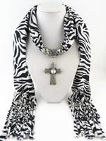 zebra halskette anhänger großhandel-Mode Damen Schal Schmuck Mit Kreuz Muster Anhänger Förmigen Frauen Halskette Schals Zebra Quasten Design Schals