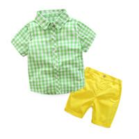nouveaux tenues pour garçons achat en gros de-2019 Été Nouveau Garçon Ensembles Plaid Chemises À Manches Courtes + Shorts Deux Tenues De Mode À La Mode Enfants Vêtements 3-7Y enfants designer vêtements garçons