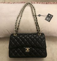 sac à bandoulière en or noir achat en gros de-Vente Hot Messenger Bag Black Sacs à bandoulière en cuir Totes Femmes sacs à main vintage sac d'or dames de la chaîne épaule Sacs