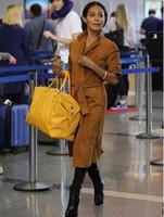 grandes sacos de bagagem de couro venda por atacado-Sacos de viagem quentes para homens e mulheres, bolsas de couro para bolsas de esportes de grande capacidade