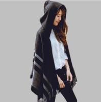 черные пончо для женщин оптовых-Высокое качество женщин шарф зимы моды полосатый черный бежевый пончо и накидки с капюшоном толстые теплые платки и шарфы Femme Outwear GB1403