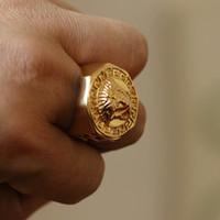 ahuecar anillos al por mayor-Anillo de la diosa del acero inoxidable Venta caliente Hip Hop Titanio Anillo de dedo de acero Dorado ahueca hacia fuera el anillo de la manera de los hombres