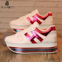 zapatos con cordones para mujer al por mayor-Plataforma de arco iris colorido Zapatillas de deporte de las mujeres zapatos casuales cordones de cuero genuino de las señoras zapatos Tenis Feminino blanco zapatillas Chunky