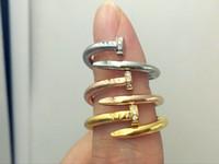 einfacher weißer goldring großhandel-Hochwertiger Edelstahl Gold Silber Roségold Nagel Ring mit Diamanten Liebhaber Band Ringe für Frauen und Männer Paar Ringe Luxus Schmuck