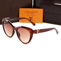Wholesale trendy eye glasses frames resale online - Bulk Fashion Women Big frame Summer beach Sunglasses Luxury UV travel sun eye glass Trendy Brand Designer eyewear