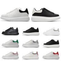 veludo branco venda por atacado-2019 designer sapatas de grife de marca de luxo para as mulheres homens moda tênis de couro preto veludo branco plana Altura Crescente casual sapatos de Plataforma