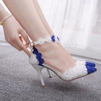 ingrosso pompa di pizzo blu-Sandali tacco di cristallo Regina donne magre punta aguzza Tacchi alti Bianco Blu pizzo scarpe da sposa Scarpe a punta Lace Flower Pearls Pompe