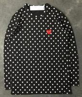 t-shirts schwarzes herz großhandel-Harajuku Männer Frauen Schwarz rot Herz DES spielen GARCONS CDG Stickerei Herz Langarm Streifen T-Shirts Stickerei Rot Herz Tops T-Shirts