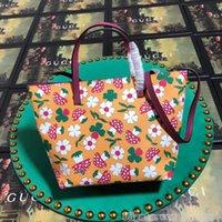 bolsos florales de cuero genuino pequeños al por mayor-2019 Nuevos bolsos de mujer de moda Bolsos de hombro de cuero genuino Bolso de alta calidad Bolso de mano de lujo de diseño pequeño