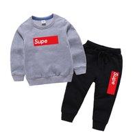 zwei jungen mädchen babys großhandel-2019 Jungen Kleidung Sets Brief Mädchen Langarm Pullover Kinder Hosen Zweiteiler Baby Kinderkleidung
