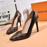 altura talón señalado al por mayor-Nuevos tacones de mujer de moda en 2019 Estiletes puntiagudos Altura del tacón: 10 cm Zapatos de vestir para mujer Tamaño: 35-42 X1