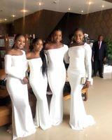 uzun siyah beyaz deniz kızı elbiseleri toptan satış-Güney Afrika Zarif Kapalı Omuz Beyaz Mermaid Gelinlik Modelleri Siyah Kızlar Kat Uzunluk Uzun Kollu Hizmetçi Onur Törenlerinde Artı Boyutu