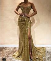 selena gomez schwarze formale kleider großhandel-Funkelnde Goldsequin Nixe-Abschlussball-Kleid-reizvolle seitliche Split-Fußboden-Länge weg Schulter lange formalen Abend-Partei-Kleider