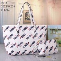 büyük çanta messenger tarzı toptan satış-Yeni sıcak moda stil eğilim Medusa marka mektup çanta çanta büyük kapasiteli omuz çantası retro Medusa büyük Messenger çanta 904 #