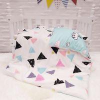 bebek yatağı desenleri toptan satış-Yeni Gelmesi Desen Bebek Yatağı Yatak Seti Erkek Kız Bebek Yatağı Pamuk Çarşafları Için Bebek Karyolası, Yorgan / levha / Yastık