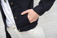 frauen schwarze jeansjacke großhandel-Fashion-Frauen-Denim-Jacken-Mantel-Winter Black Jeans Jacken ausgefranste Windjacke Weinlese-Taschen Female Herbst Outwear Stickerei Tops