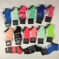 külotlu beyaz kot pamuk toptan satış-Pembe Mektup Etiketi Ile Moda Kadın Spor Çorap Ayak Bileği Çorap Aşk Pembe Tekne Ayak Bileği Kaykay 2019 Yeni Çorap Hızlı DHL Kargo