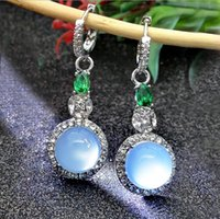 ingrosso orecchino di diamanti giada-Noble imitazione di giada orecchini naturale calcedonio lusso smeraldo incastonato di diamanti orecchini di zircone