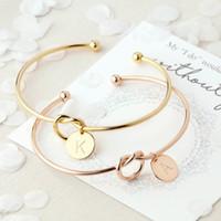 çinko alaşım harf toptan satış-Bilezik Bileklik Takı Moda Kadınlar Kız A-Z 26 Mektuplar Altın Gümüş Gül Altın Çinko Alaşım Düğüm Kalp Kolye Toptan Kısa Açık Bilezik