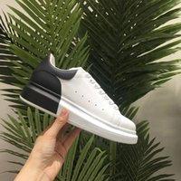 zapatos de plataforma a juego al por mayor-2019 Zapatos casuales para hombre Plataforma Moda Diseñador de lujo Mujeres Zapatillas de deporte Cuero a juego de color Zapatos de entrenador vintage Alpargatas