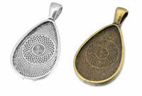 paramètres de cabochon argent antique achat en gros de-ajustement argent antique en forme de larme 18x25mm Antique SilverBronze paramètres cadre de lunette camée / cabochon, plateau de pendentif vierge 20pcs / lot (K05380)