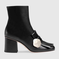 botas altas europe venda por atacado-Europa 2019 outono e inverno mulher sapatos de salto alto borla sapatos de luxo Designer de autêntico importado sapatos de couro das mulheres Ankle Boots