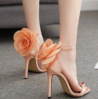 zapatos de boda rosa naranja al por mayor-Diseñador de lujo bombas naranja rosa satinado zapatos florales zapatos de boda de dama de honor tamaño 35 a 40