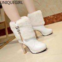 sexy botas de strass blanco al por mayor-Tamaño caliente de la venta del club nocturno atractivo del Rhinestone del talón grueso del medio de tubo otoño e invierno tacones altos impermeable Plataforma White Knight Boots