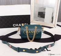 oreillers vert noir achat en gros de-Nouveau sac à bandoulière fashion ladies haut de gamme sac à bandoulière en cuir ciré style rétro, oreiller design vert numéro noir: 7713.