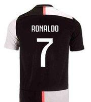 uniforme al por mayor-2018 19 camiseta de fútbol local BUFFON RONALDO DYBALA Camiseta de fútbol personalizada MARCHISIO MANDZUKIC PJANIC CHIELLINI HIGUAIN uniforme de fútbol