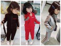 ingrosso abiti casual di colore rosso-ragazzo bambino vestire set designer abbigliamento sportivo colore rosso set per bambina vestito 90-150 nuovo set bambino vestire alta qualità