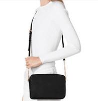 pequeñas bolsas de embalaje al por mayor-Envío gratis 2019 nuevo bolso de mensajero bolsos de hombro Mini bolso de cadena de moda estrella de las mujeres favorito perfecto Killer paquete Bolsa pequeña fashionis