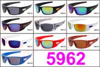 tendência de moda óculos venda por atacado-MOQ = 10PCS New Fashion Trend O frete grátis Big quadro dos óculos de sol de marca popular de ciclismo Esportes óculos de sol óculos Eyewear