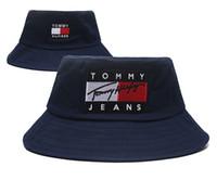boné de jeans venda por atacado-Top Design Calça Jeans boné Balde chapéus logotipo Fisherman Stingy Brim futebol Balde Chapéus Algodão Mulheres Homens Sol Cap barril Caps
