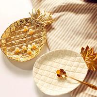 platten essen großhandel-Kreative Gold Ananas Keramikablage Goldene Ananas Schmuck Palette Lebensmittel Palette Trocken Obstteller Dekoration Platte