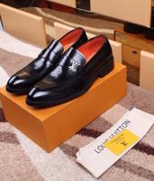 zapato de los hombres de negocios al por mayor-Zapatos de negocios formales clásicos 207513 Guan Hombres Zapatos de vestir Botas Mocasines Conductores Hebillas Zapatillas de deporte Sandalias