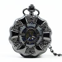 schwarze metalluhren für frauen großhandel-Vintage Luxus Black Metal mechanische Taschenuhr Steampunk Uhren Pin Kette Männer Frauen Anhänger Uhr Geschenk mit Geschenk PJX1219