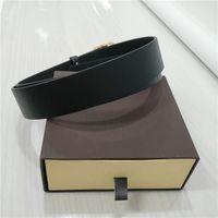 cinturones de regalos de empresa al por mayor-Correas del diseñador para hombre del diseñador de la correa Cinturones de lujo correa de cuero de las mujeres de negocios del regalo grande de la hebilla del oro con la caja original B02