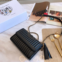 luxus-marken cross-body-taschen großhandel-Mode marke luxus handtaschen designer handtaschen niet flip abendessenbeutel hochwertige umhängetasche Umhängetasche geldbeutel kostenloser versand