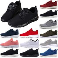 ingrosso colori scarpe da corsa uomini-Nike Roshe run Tanjun Londra 1.0 3.0 Scarpe da ginnastica degli uomini di marca delle scarpe da ginnastica del progettista delle donne Scarpe da uomo delle donne rosse bianche nere