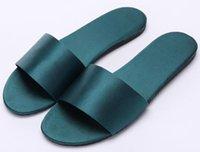 zapatos rosados de la boda del satén al por mayor-2019 zapatillas de casa de satén de las mujeres de seda de la palabra arrastre interior antideslizante zapatillas de boda zapatos de bricolaje ropa de moda zapatillas