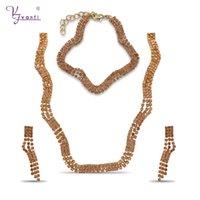 charme armbänder indien großhandel-Großhandel Billig Indien Charms Modeschmuck Sets Champagner Farbe Stein Kupfer Handgemachte Kette Halskette Armband Ohrringe Für Frauen