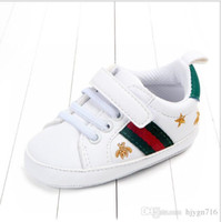 chaussettes bébé chaussures livraison gratuite achat en gros de-2019 Baby First Walkers Nourrissons Chaussures Semelle Souple Unisexe Mes Premiers Chaussures pour Bébés Garçons Designer Marque Chaussures pour Bébé 0-12 M Idées Cadeaux