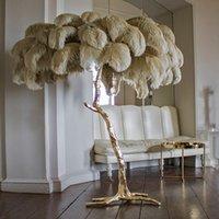 candeeiro e14 venda por atacado-Northern Ostrich Feather Ouro Cobre Latão Resina Floor Lamp Tripot Standing Lâmpadas para sala de estar deco salão de navio da gota